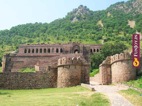 Ghost Fort in Bhangarh- भूत